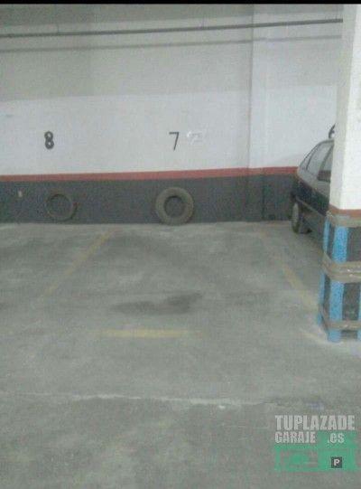 alquilo plaza garaje para coche y moto cerca del centro leganes, plaza mayor,la cubierta, casa del r