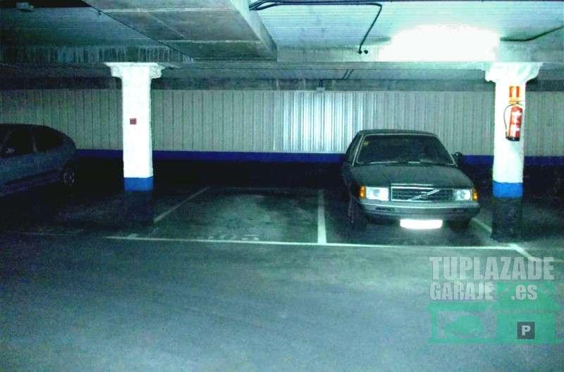 100 mes alquiler plaza de garaje para coche grande en