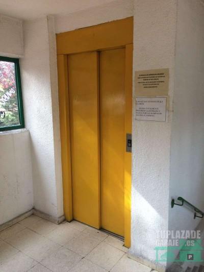 plaza garaje  moncloa/casa de campo/príncipe pio/paseo de la florida,  superficie: 12m2  dimensione