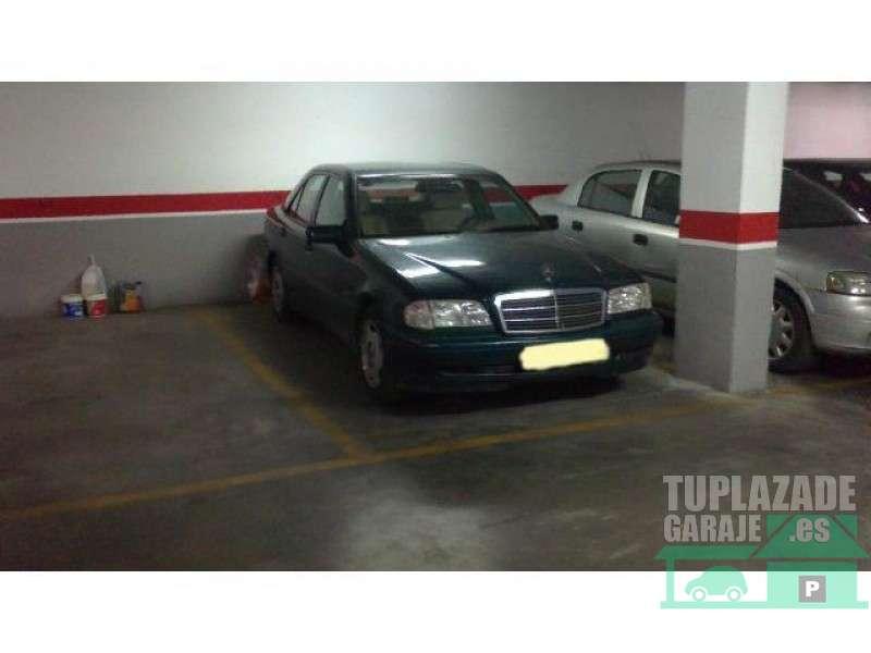 Plaza garaje para coche en Paseo de la Marina Española, frente Parque del Mediterráneo - 64069985184