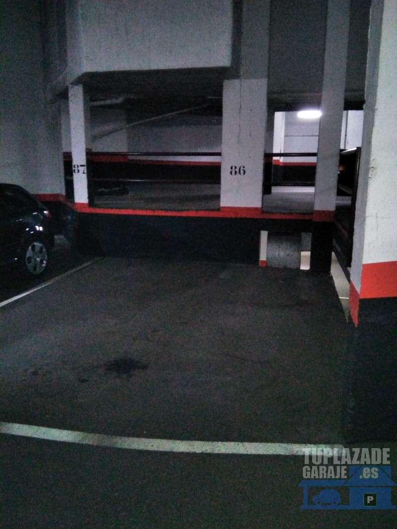 Gran plaza de garaje - 493325028193