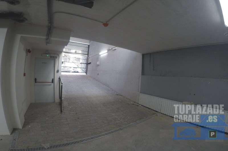 Plaza de Garage Numancia junto a metro Linea 1 directo a SOL - 6965513728231