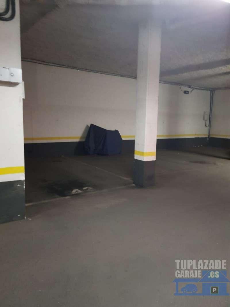 Plaza de garaje grande - 5215614828238