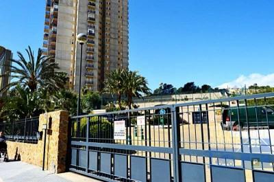 seis plazas de garaje en venta en la zona nueva de benidorm, junto al ies mediterránea de benidorm,