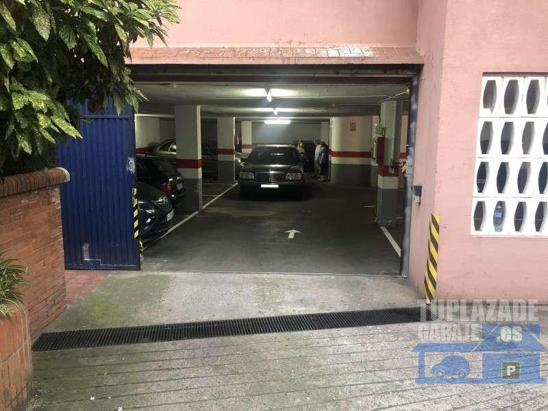 Plaza de parking para coche grande. Posibilidad de pack con más plazas contiguas - 605032638292