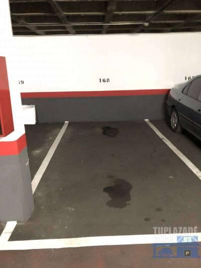 se alquila plaza de garaje situada en la planta  -1 . puerta automática y vigilante