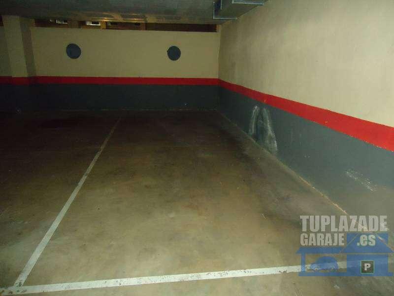 Plaza parking coche y moto - 105642428217