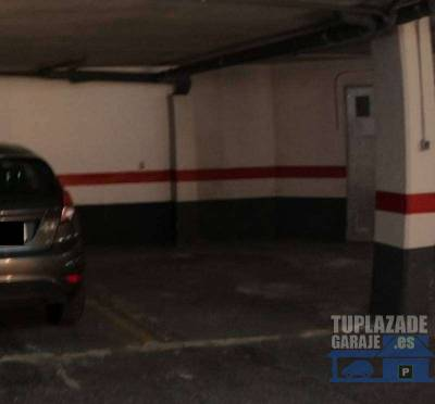 se vende plaza de garaje con trastero y capacidad para coche+moto