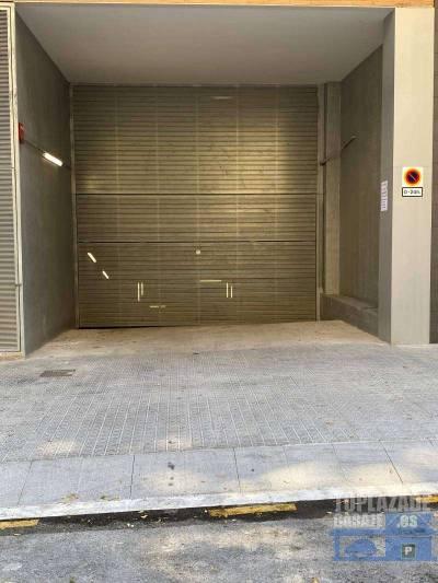 muy buen acceso para parking.