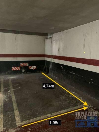 se alquila plaza de parking. se encuentra ubicada en una esquina, no hay columnas.  1,95m de ancho