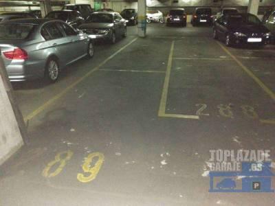 plaza de garaje para coche pequeÑo Ò mediano, fÁcil acceso con mando a distancia. muy cerca de l