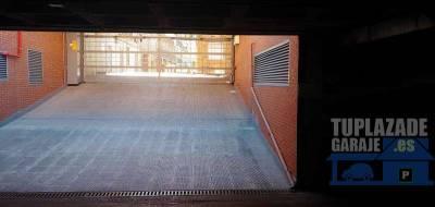 plaza de garage en alquiler a solo 100 metros del ayuntamiento de vallecas y proximo al metro nueva