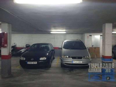 dos plazas de garaje de 21 m2 a un precio de 14.500 euros cada una en edificio liria, ubicado en la