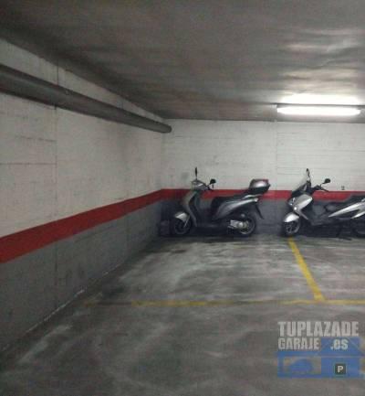 particular vende plaza de aparcamiento de 24 m2. ideal para un vehículo de grandes dimensiones. cap