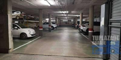 plaza de parking en alquiler en c/duquessa orleans 20 (a 200m de la estación reina elisenda de fgc