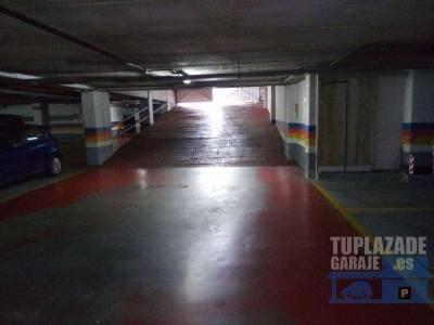 alquiló plazas de garaje con buenos precios desde 50 euros son amplias, con fácil de entrar y sali