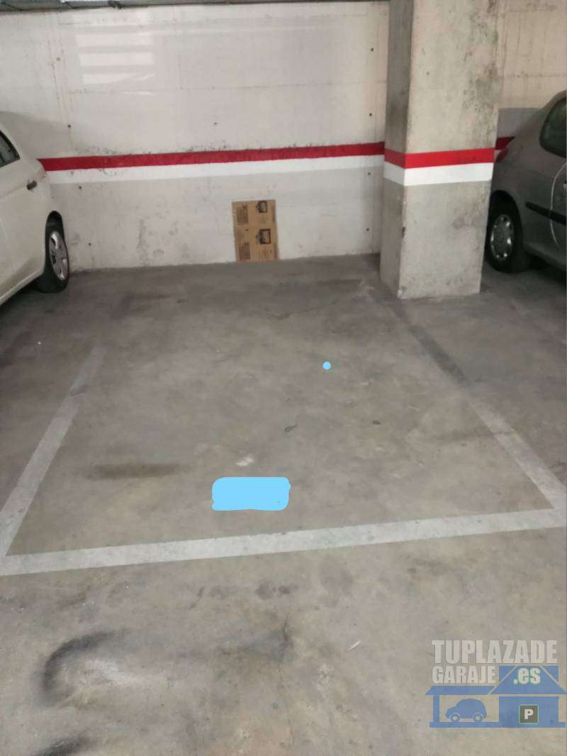 PARTICULAR OFRECE PLAZA PARKING COCHE - 805541118466