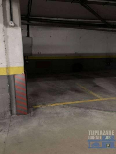 planta -1 acceso por escalera acceso coche por rampa